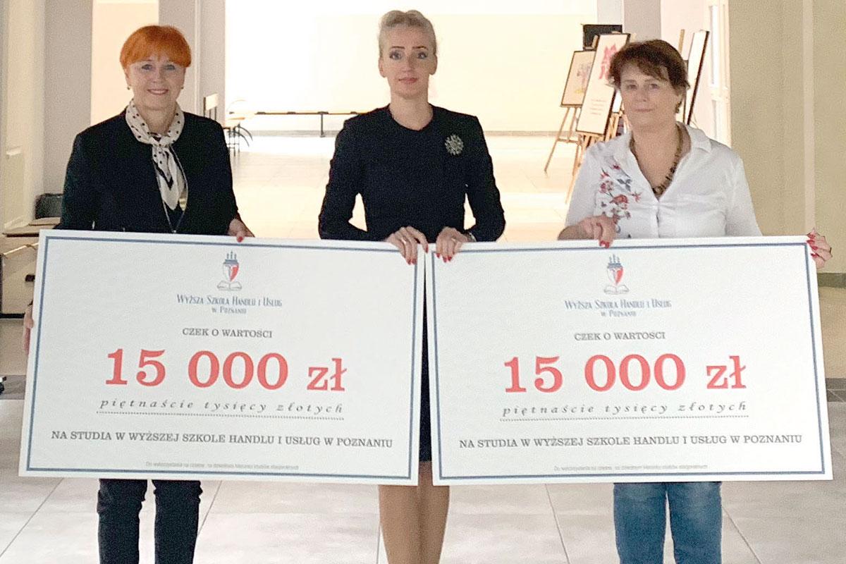 Beata Rusinek - dyrektor Zespołu  Szkół Mistrzostwa Sportowego, Lidia Dudziak - prezes AZS WSHiU wPoznaniu
