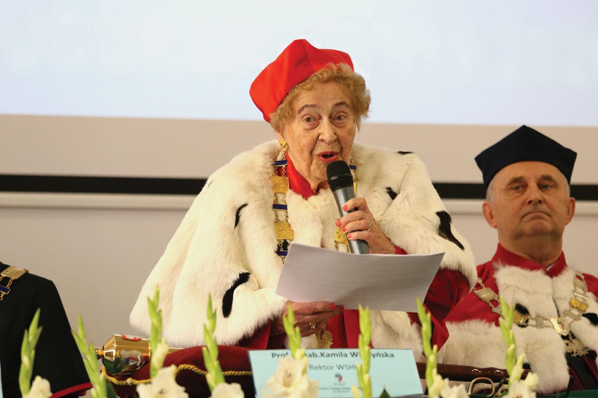 Rektor WSHiU prof.dr hab. Kamila Wilczyńska